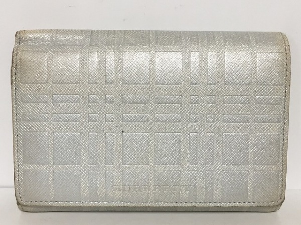 b49fd2ca74df Burberry(バーバリー) 3つ折り財布 ライトグレー 型押し加工 レザーの ...