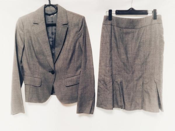 base e nuovo(バーゼエヌオボ) スカートスーツ サイズ38 M レディース ライトグレー