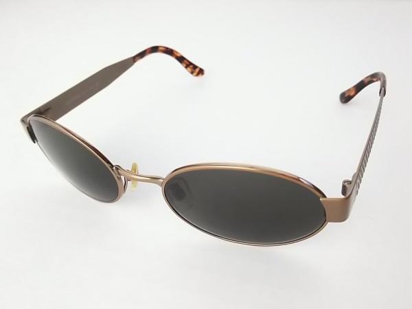 オリバーバレンチノ サングラス美品  黒×ブロンズ×マルチ プラスチック×金属素材