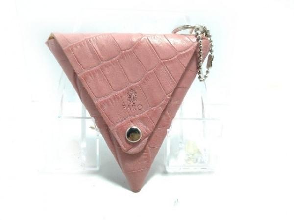 FARO(ファーロ) コインケース美品  ピンク 型押し加工 レザー