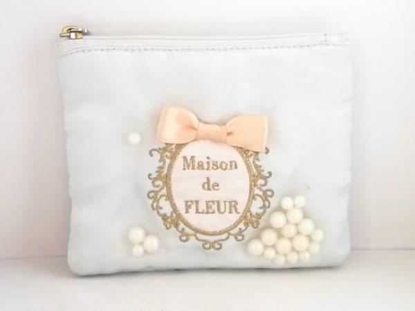 Maison de FLEUR(メゾンドフルール) 小物入れ ライトブルー×ピンク×マルチ 化学繊維