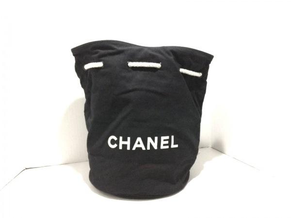 825172045c97 CHANEL(シャネル) リュックサック新品同様 - 黒 巾着型/ノベルティ キャンバス