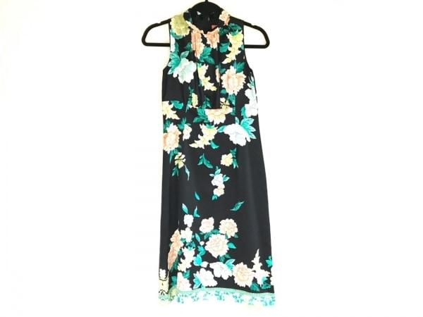 スーナウーナ ワンピース サイズ38 M レディース美品  黒×グリーン×マルチ 花柄