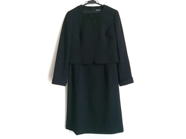 SOIR PERLE(ソワール ペルル) ワンピーススーツ サイズ9 M レディース 黒 CREA