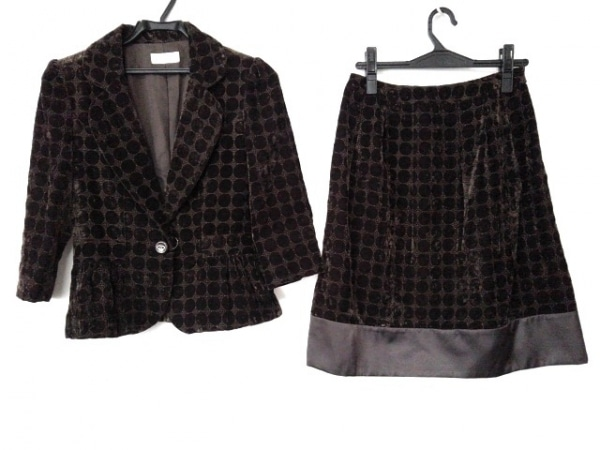 プチプードル スカートスーツ サイズ9 M レディース新品同様  ダークブラウン