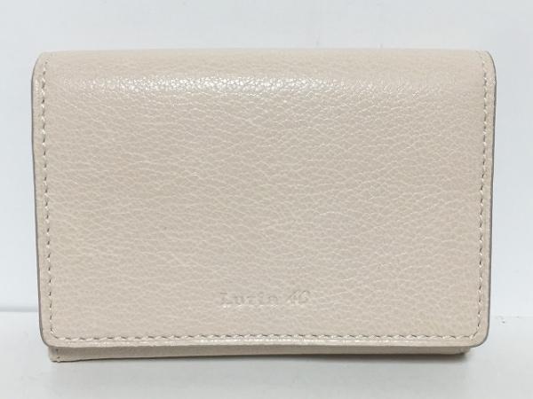 ヨンドシー カードケース美品  ベージュ Luria4℃/パスケース・キーフック付き レザー