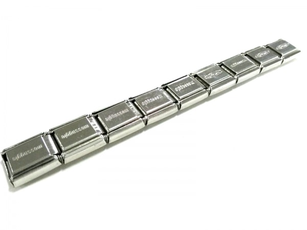 ナラカミーチェメッサジオ アクセサリー新品同様  金属素材 シルバー