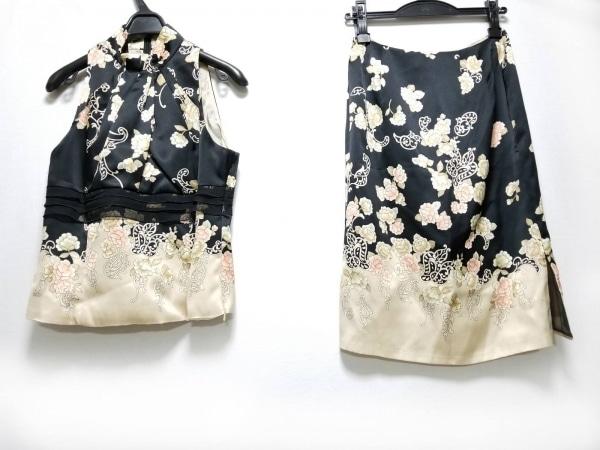 SunaUna(スーナウーナ) スカートセットアップ サイズ38 M レディース美品  花柄