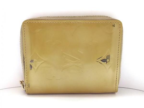 ルイヴィトン 2つ折り財布 モノグラムヴェルニ ブルーム M91015 ソフトベージュ