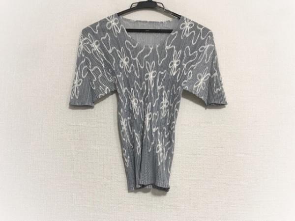 プリーツプリーズ 半袖カットソー サイズ4 XL レディース美品  グレー×白 プリーツ