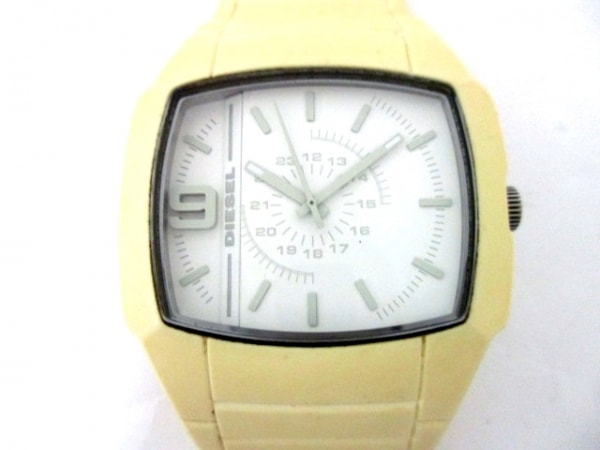 DIESEL(ディーゼル) 腕時計 DZ-1383 メンズ 白