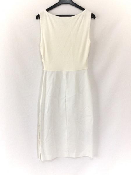 Max Mara(マックスマーラ) ワンピース サイズ36 S レディース美品  白 ロング丈