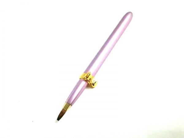 mikimoto(ミキモト) 小物新品同様  ピンク×ゴールド リボン/リップブラシ 金属素材