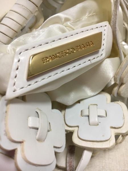 フランチェスコ・ビアジア ハンドバッグ美品  アイボリー×白 フラワー/ミニ