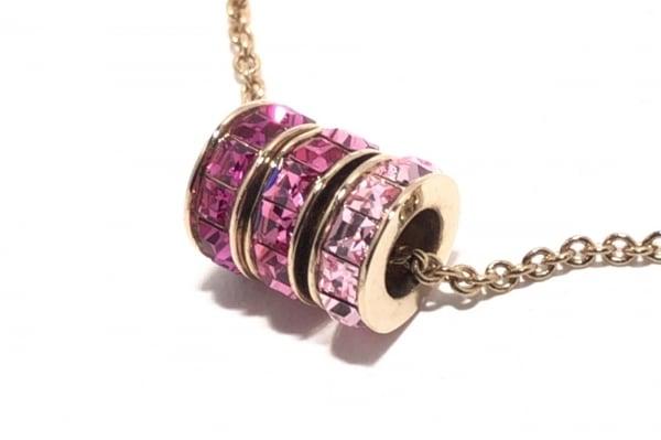 GROSSE(グロッセ) ネックレス 金属素材×ラインストーン ゴールド×ピンク