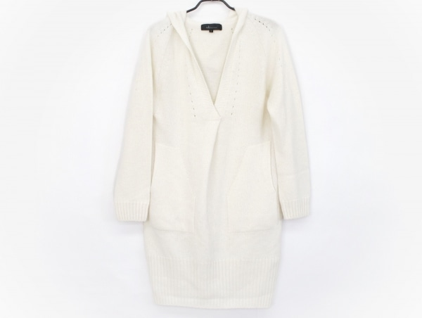 wb(ダブリュービー) 長袖セーター サイズF レディース美品  白 REVISION/ロング丈