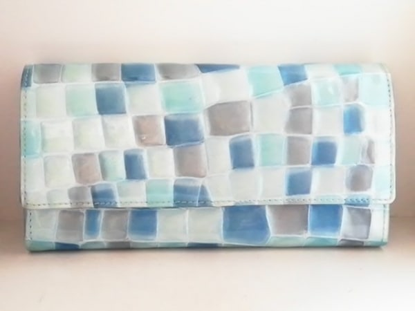 FRECCIA(フレッチャ) 長財布 ライトブルー×ブルー×ライトグレー 型押し加工
