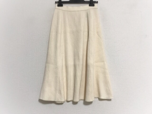 23区(ニジュウサンク) スカート サイズ36 S レディース美品  アイボリー