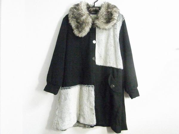 ボシュプルメット コート レディース美品  黒×アイボリー 冬物/フェイクファー