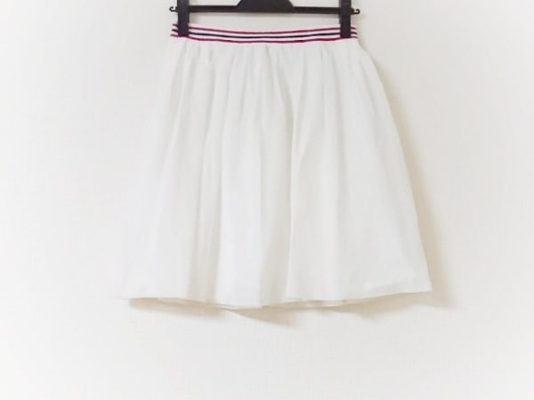 ロベルトコリーナ スカート サイズS レディース美品  白×レッド×黒