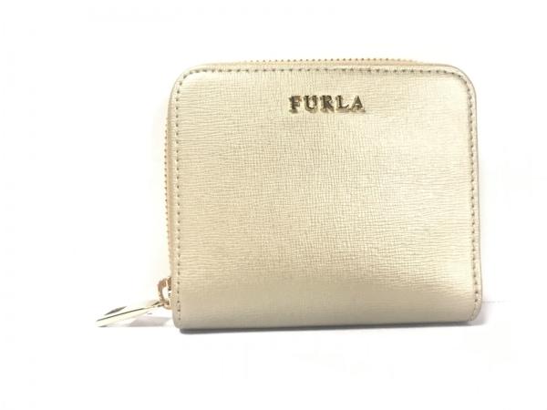 852d4c0bd5ee FURLA(フルラ) 2つ折り財布美品 ゴールド ラウンドファスナー レザーの ...