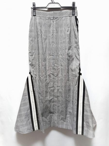 サカヨリ ロングスカート サイズ36 S レディース美品  グレー×白×マルチ チェック柄