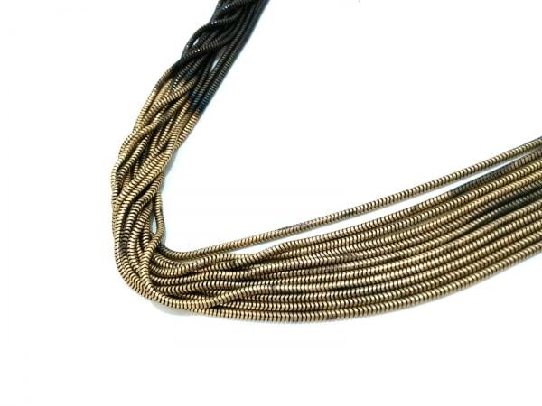 iosselliani(イオッセリアーニ) ネックレス美品  金属素材 黒×ゴールド