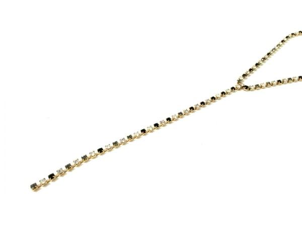 AGATHA(アガタ) ネックレス美品  金属素材×カラーストーン ゴールド×黒×クリア