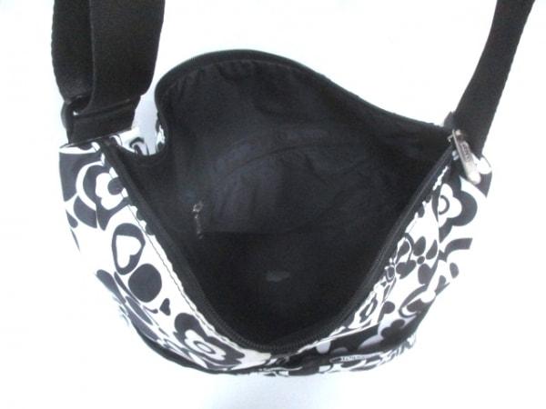 LESPORTSAC(レスポートサック) ショルダーバッグ 白×黒 レスポナイロン