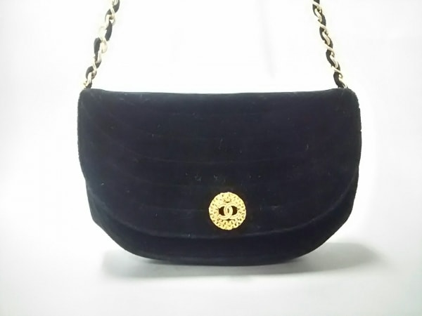 シャネル ショルダーバッグ美品  - 黒 チェーンショルダー/ゴールド金具 ベロア