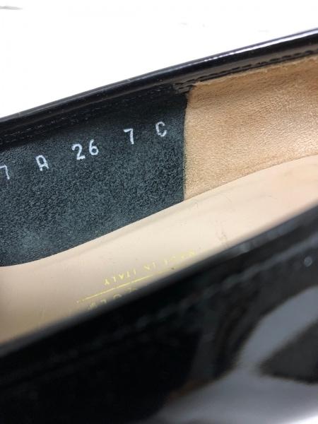 サルバトーレフェラガモ ローファー 7 レディース ガンチーニ 黒 エナメル(レザー)