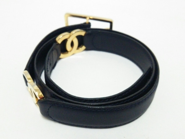 11ccbd126513 ... CHANEL(シャネル) ベルト 65/26美品 黒×ゴールド ココマーク レザー ...