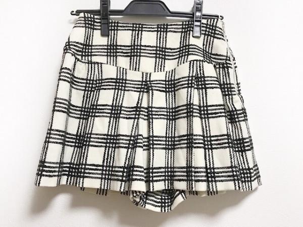 アプワイザーリッシェ ショートパンツ サイズ0 XS レディース 白×黒