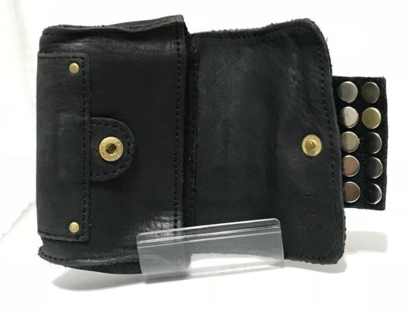 TRES(トレ) コインケース 黒 スタッズ レザー×金属素材