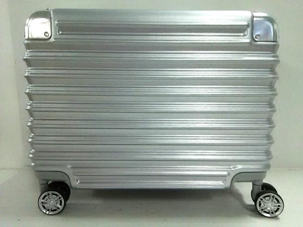 シフレ トランクケース美品  シルバー TRIDENT/ロックナンバー「000」 金属素材