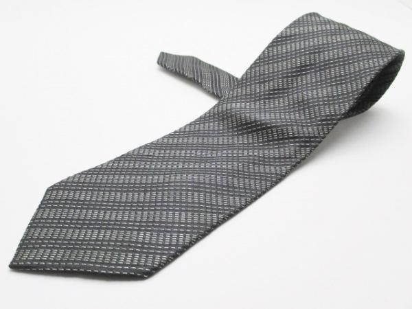 ジョルジオアルマーニ ネクタイ メンズ美品  黒×ダークグレー×白 ストライプ