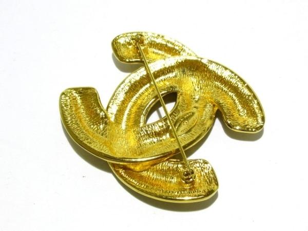 CHANEL(シャネル) ブローチ美品  金属素材 ゴールド ココマーク
