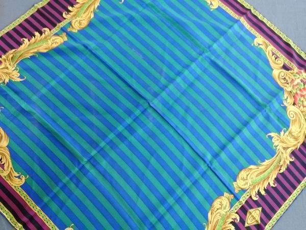 ATELIER VERSACE(アトリエヴェルサーチ) スカーフ美品  パープル×グリーン×マルチ