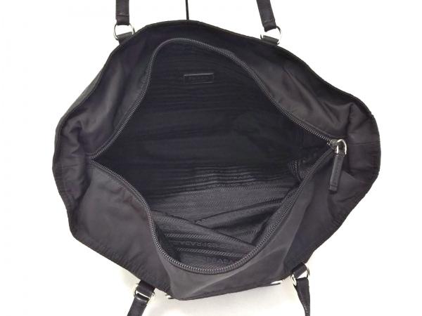 PRADA(プラダ) ショルダーバッグ美品  - 黒 ナイロン×レザー