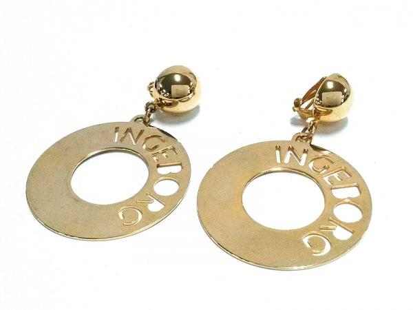 INGEBORG(インゲボルグ) イヤリング美品  金属素材 ゴールド