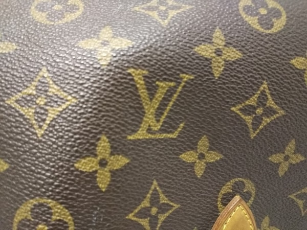 LOUIS VUITTON(ルイヴィトン) ショルダーバッグ モノグラム ジベシエールGM M42246