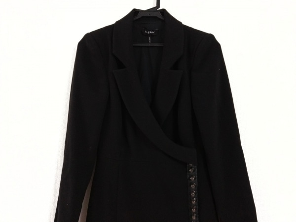 byblos(ビブロス) コート サイズUSA 4 レディース美品  黒 スタッズ