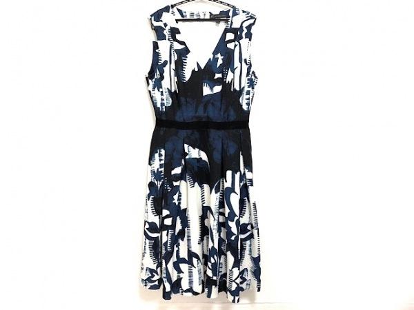 ADRIANNA PAPELL(アドリアーナパペル) ワンピース レディース美品  白×黒×ネイビー