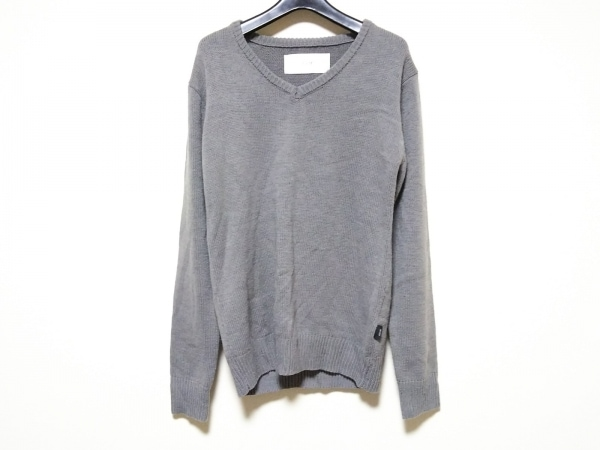 AKM(エーケーエム) 長袖セーター サイズS メンズ美品  グレー