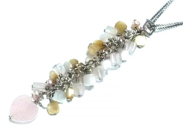 タテオシアン ネックレス美品  金属素材×プラスチック シルバー×ピンク×マルチ