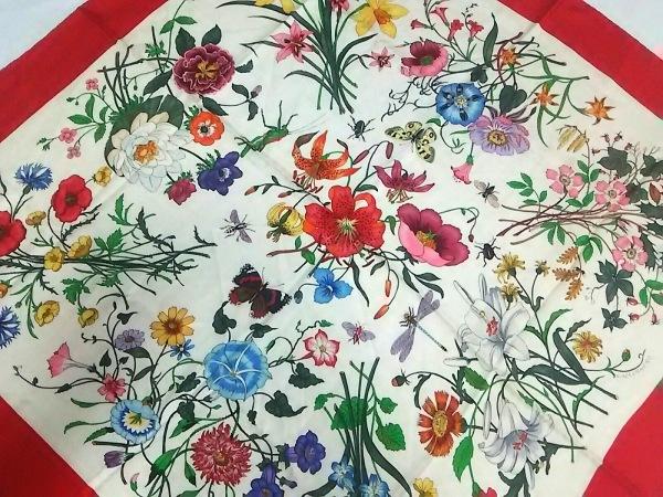 GUCCI(グッチ) スカーフ レッド×アイボリー×マルチ 花柄/昆虫