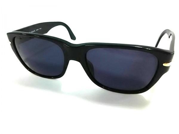ジョルジオアルマーニ サングラス美品  831 黒×ゴールド プラスチック×金属素材