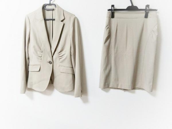 インタープラネット スカートスーツ サイズ38 M レディース美品  グレーベージュ