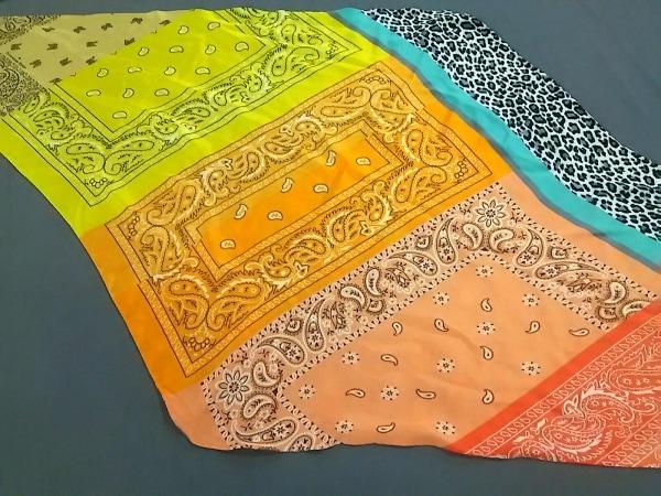 ピエールルイマシア スカーフ美品  イエロー×オレンジ×マルチ ペイズリー柄/豹柄