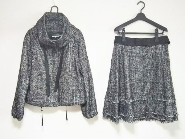 TO BE CHIC(トゥービーシック) スカートスーツ レディース美品  黒×白 チェック柄